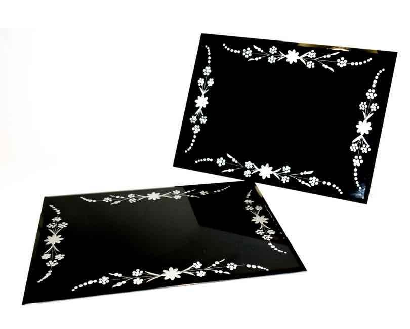 2 stk. Decofad, glas, sort m. sølvblomster, facetkant 27×37 cm